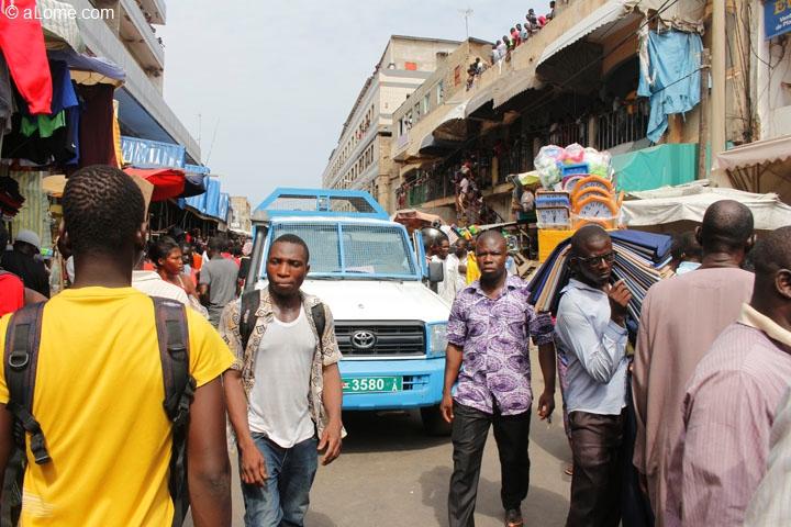 """Résultat de recherche d'images pour """"braquage au grand marché de lomé"""""""